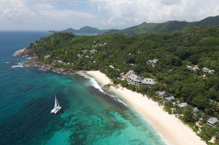 Живописный отель на берегу Сейшельских островов (19 фото)