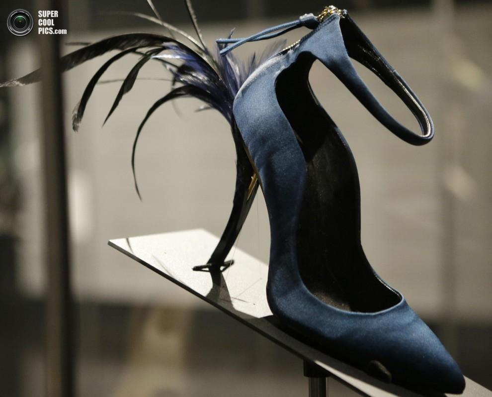 Безумная обувь современности