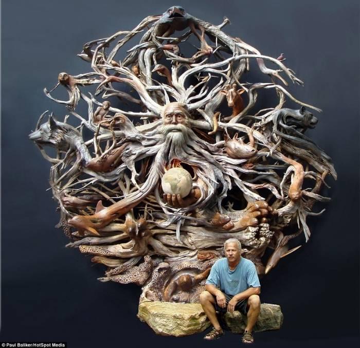 Необычная скульптура из дерева (17 фото)