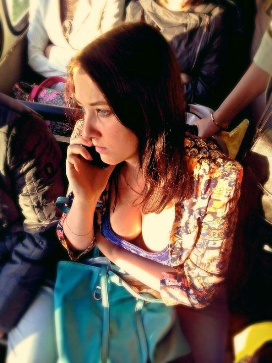 Девочки в транспорте фото 329-427