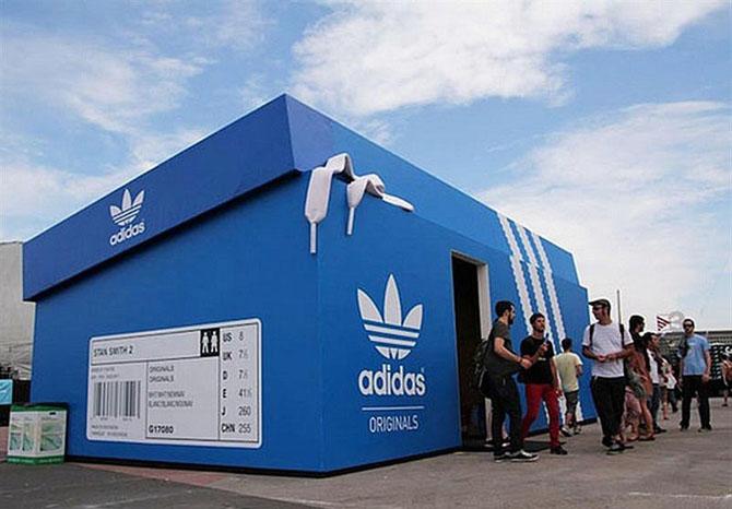Дизайн рекламы магазина