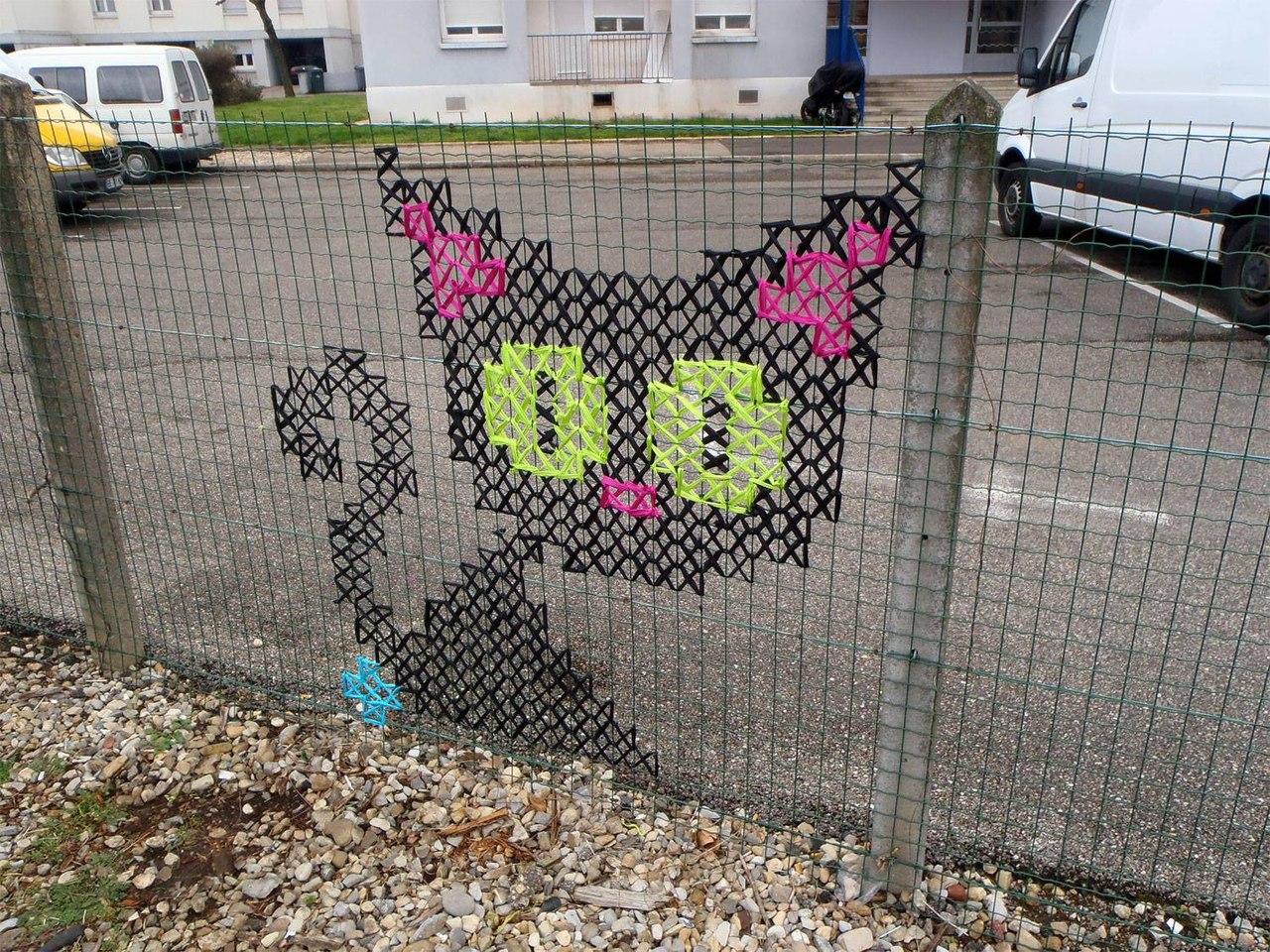 Украсить забор своими руками фото