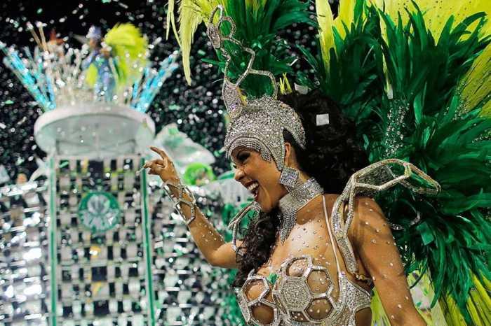Роскошный и красивый карнавал в Бразилии (43 фото)