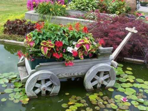 Креативные идеи для украшения своего двора (15 фото)