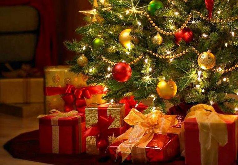 Смешные афоризмы про подарки к новому году