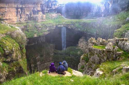 """Пещера """"Пропасть трёх мостов"""" (6 фото)"""